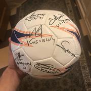 Продам мяч с ориг. автографами сборной Франции ЕВРО 2012,  18подписей